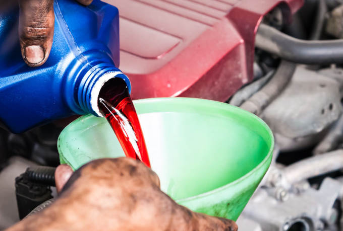 What Should Healthy Transmission Fluid Look Like?