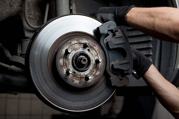 7 Signs Of Brake Failure
