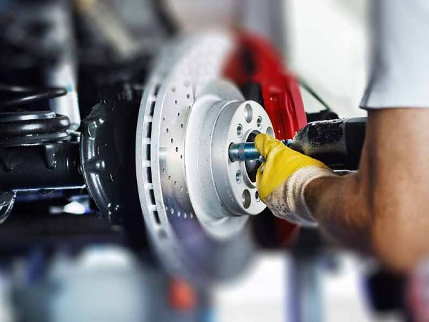 Signs You May Need Your Brakes Serviced