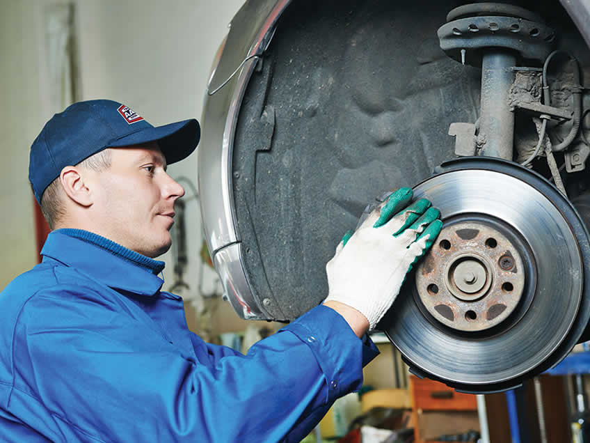 Reasons Why Brake Services are Important in Winter Weather