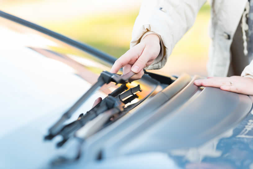 How to Replace Your Wiper Blades