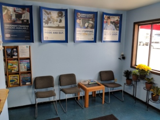AAMCO Newport Reception Area